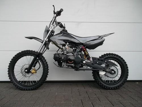 125cc Dirtbike 14/12 KXD 607